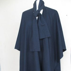 Vtg Plus Black Cape